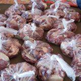 توزیع گوشت قربانی به مناسبت عید قربان در چهاربرج